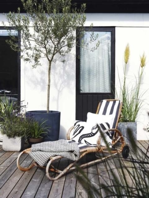 modern lounge chair Archives - DigsDi