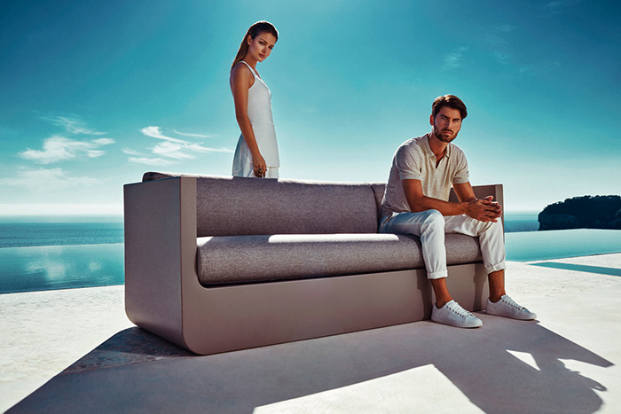 ULM Outdoor Furniture Collection With Built-In Lighting - DigsDi