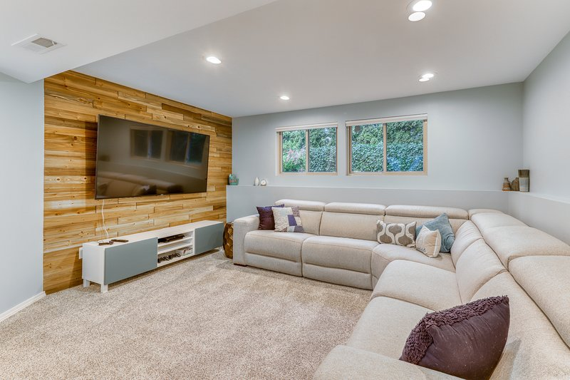 Modern dog-friendly home w/ lots of updates, finished basement .