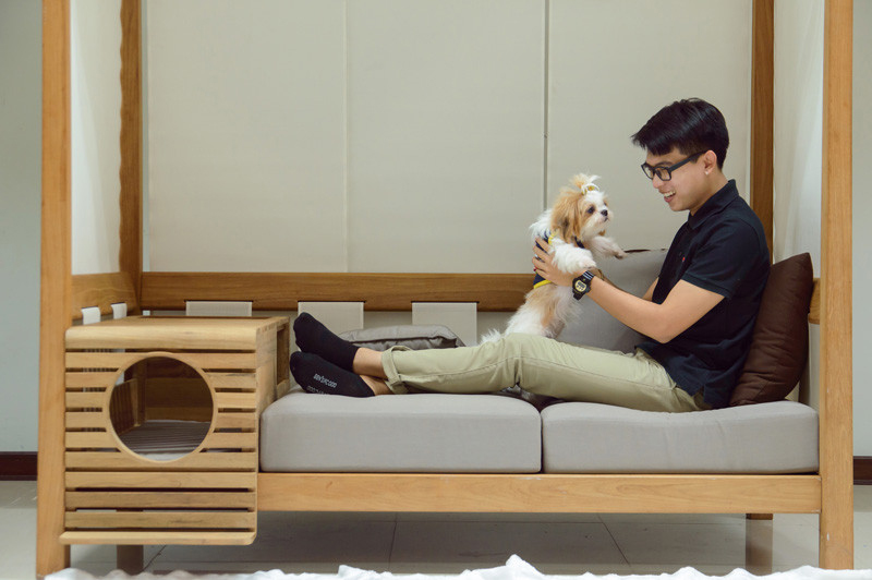 Indoor and Outdoor Sofa Includes a Pod for Your Pup | 6sq