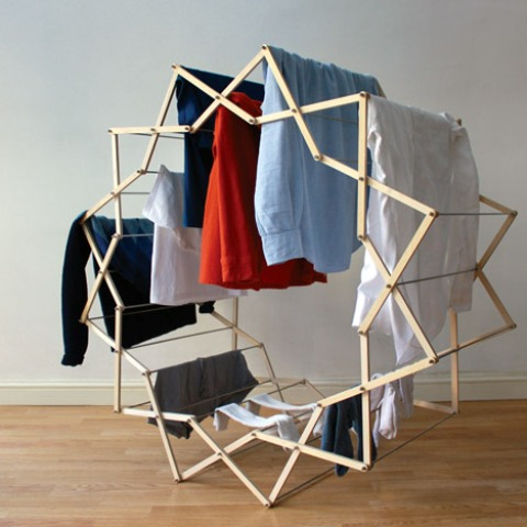 Practical And Unique Star-Shaped Clothes Horse - DigsDi