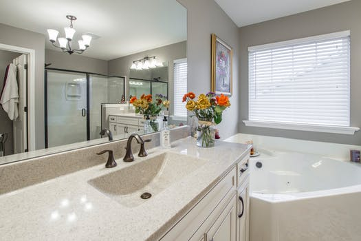 8 Awesome and Practical Bathroom Cabinet Ide