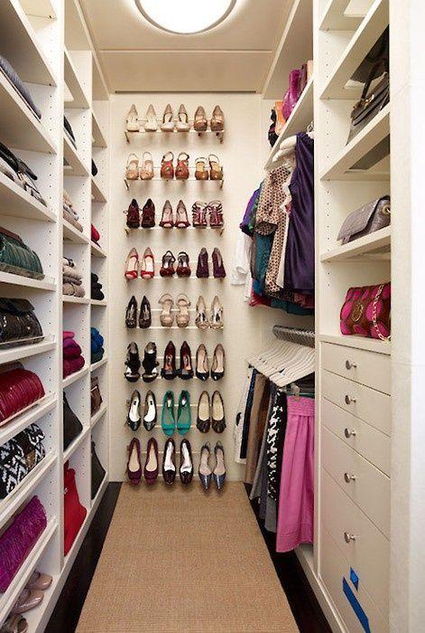 40 Pretty Feminine Walk-In Closet Design Ideas | DigsDigs | Shoe .