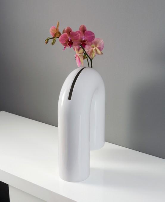 Provocative And Minimalist Shaky Vase - DigsDi