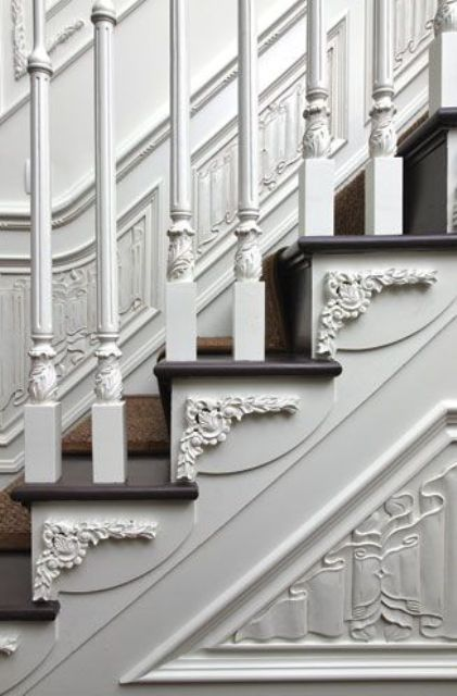 25 Refined Ways To Use Molding In Your Home Décor (With images .