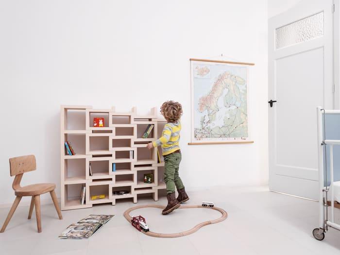 REK Expanding Bookcase by Reiner de Jo