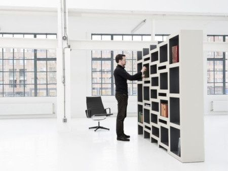This bookcase expands according to the number of books in it!! in .