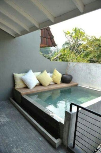 20 Relaxing And Cozy Pool Nooks To Get Inspired - DigsDi