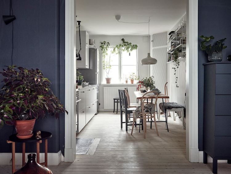 A Charming & Relaxed Swedish Home In Blue And White (my .