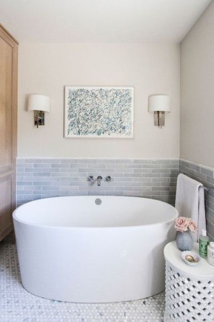26 Relaxing Soaking Tubs With Cool Therapeutic Designs - DigsDi