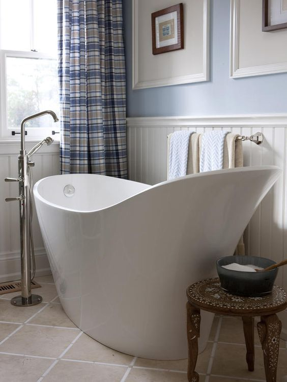 Relaxing Soaking Tubs With Cool Therapeutic Designs   Freestanding .