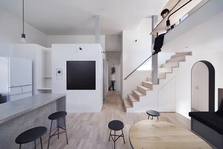 Creative Split Level Minimalist House In Japan - DigsDi