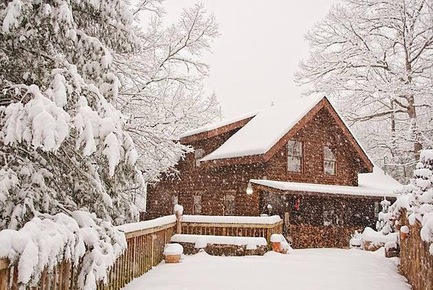 HOME DECOR – RUSTIC STYLE – Winter retreat | Snow cabin, Snow .