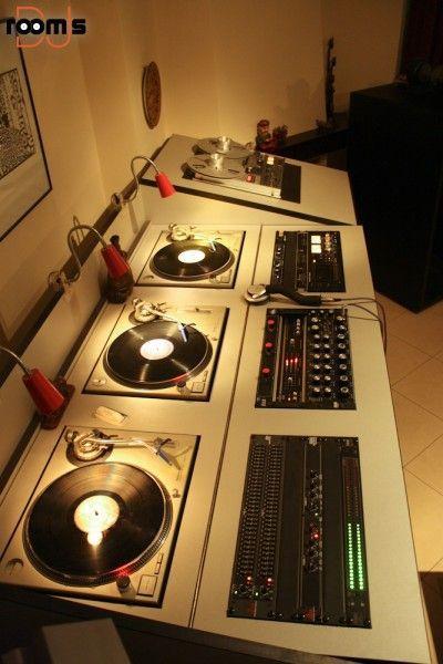 room of the week 58 – Retro Soulman   Dj room, Sound room, Dj boo