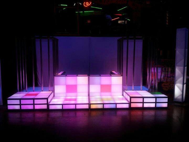 DJ booth   Dj booth, Dj room, Nightclub desi