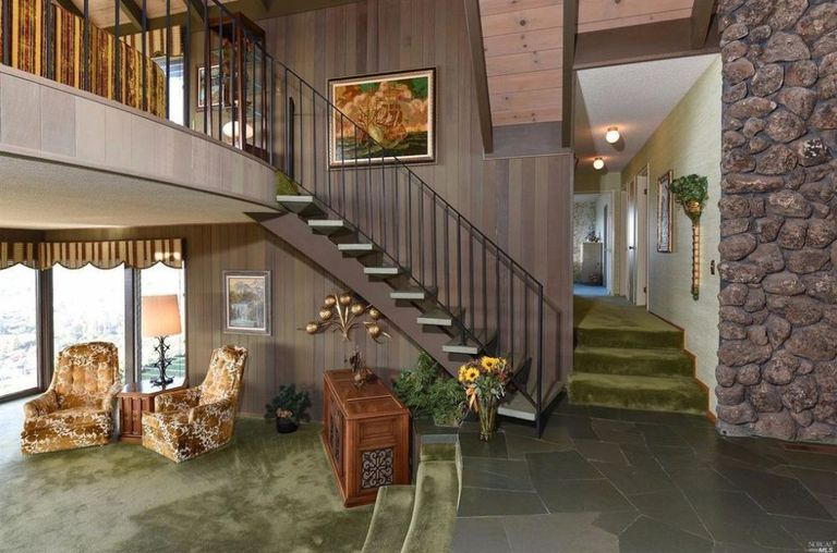 This Mid-Century Home Has Gone Completely Untouched Since the '60s .