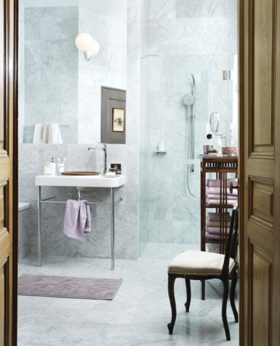 Calm And Cozy Bathroom Design Of Various Tints Of Marble - DigsDi