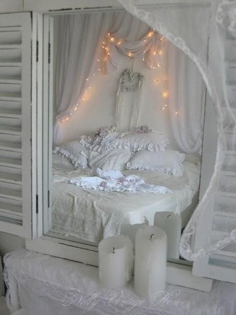18 Romantic And Tender Feminine Bedroom Design Ideas 19 - Artega