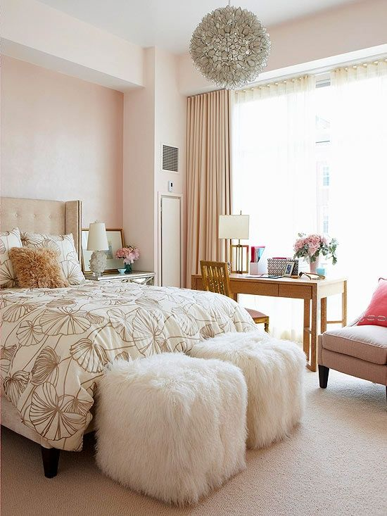 Office space of the day...office in the bedroom (The Decorista .