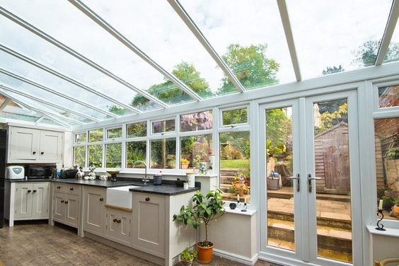 Conservatory Kitchen Ideas | Conservatory kitchen, Sunroom kitchen .