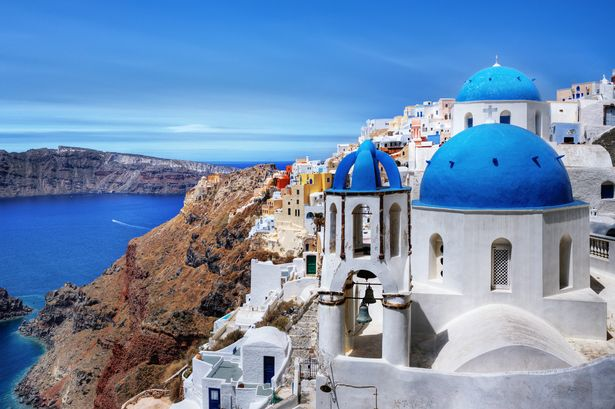 Cheap Santorini hotels and holiday homes ideal for couples on a .
