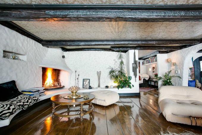 A Rustic Scandinavian House | Decohol