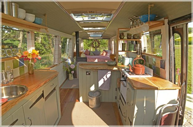 Transforming a Big Yellow School Bus into a Cozy Home - Limitless D