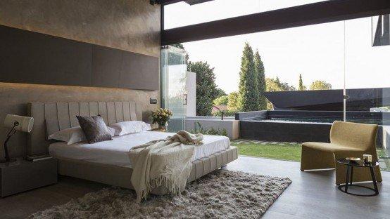 "Kriskadecor on Twitter: ""Sculptural family home with #minimalist ."