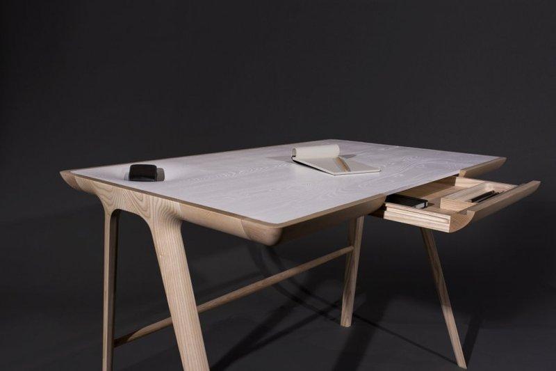 Minimalist Desk in Artistically Antique Structure – Maya Desk .