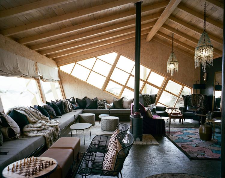 Shipwreck Lodge / Nina Maritz Architects | ArchDai