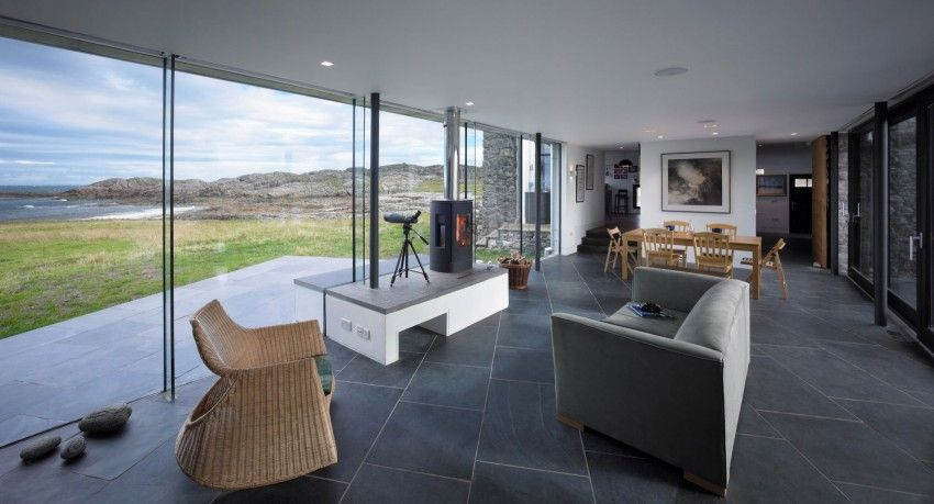 Sprawling Home in Scotland Integrates 18th-Century Ruins .