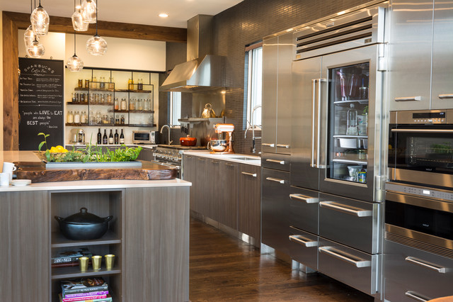 Kitchen of the Week: Professional Chef Style Meets California Warm