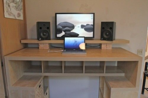 Large DIY Standing Desk With Lots Of Storage Space | Shelterness .