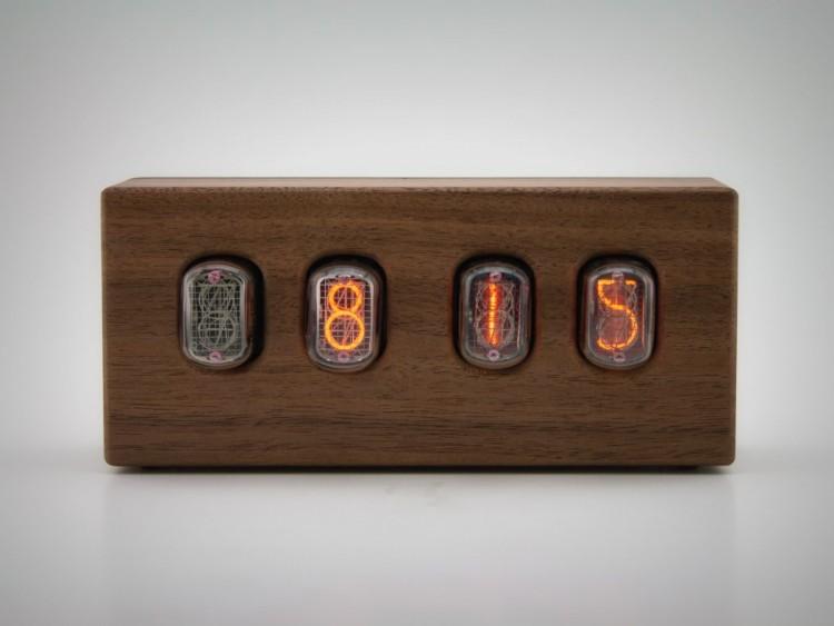 Steampunk Nixie Clock That Requires Little Power - DigsDi
