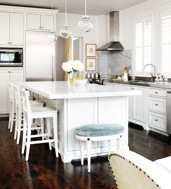 Stylish Kitchen With Delicate Design And Thoughtful Touches - DigsDi