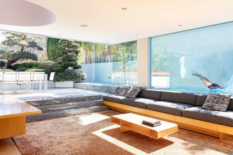 Sunlit Victorian Mid-Century Modern House - DigsDi