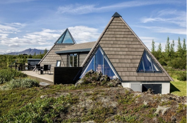 Sustainable And Airy Pyramid Cottage In Iceland   Maison de .