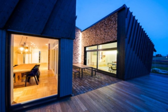 Sustainable Home Design With Solar Panels And Collectors - DigsDi