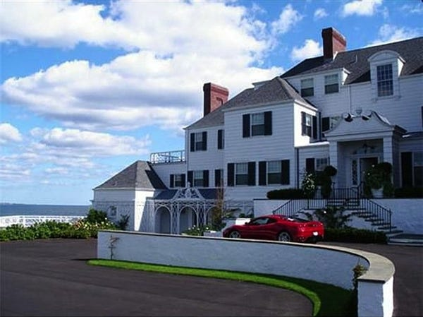 Photo tour of Taylor Swift's homes - Insid