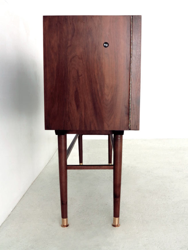 Storage Cabinet with a Kaleidoscope Inside - Design Mi