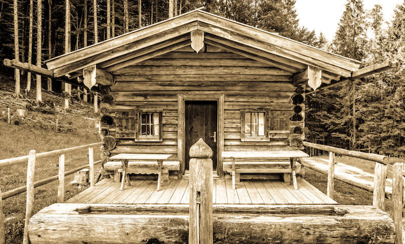 Montana Motor Stables: How to Build Your Own Tiny Off-grid Cabin Tod