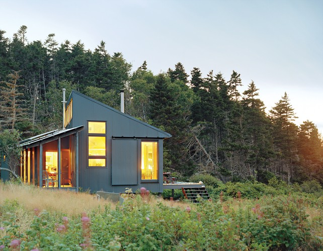 Tiny Off-Grid Cabin in Maine is Completely Self-Sustaini