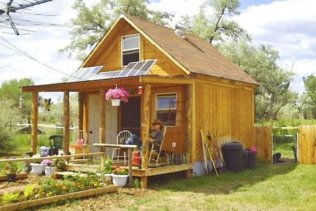 You Can Build This Tiny House For Less Than $2,0