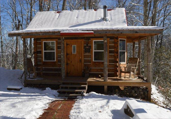 Tiny Log Cabin Off Grid - Cozy Homes Li