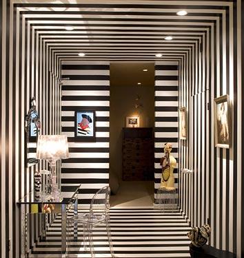10 Creative & Inspiring Traditional Black And White Hallway .