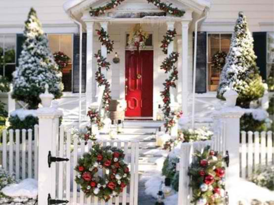 Outdoor Decorating Ideas for Christmas | Decohol