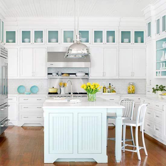 An Ocean-Inspired Kitchen Makeover | Cottage kitchen design .