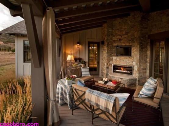 Traditional Style Veranda Design With Vintage Furniture 2 .