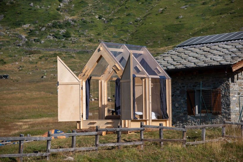 the immerso retreat is a transparent cabin for camping under the sta