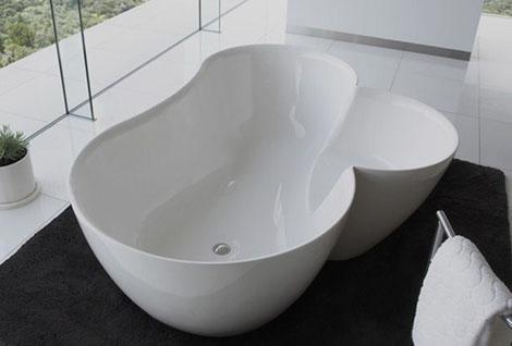 Unique Bathtubs - Utuwa bathtub by Spiritual Mo